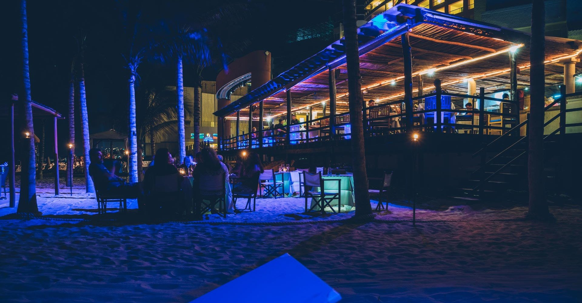 Deck hotel nyx cancun